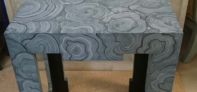 Table Ikea meubles de peinture décorée avec de la peinture