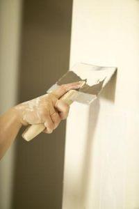 Lixar as paredes, Equipamento de pintura